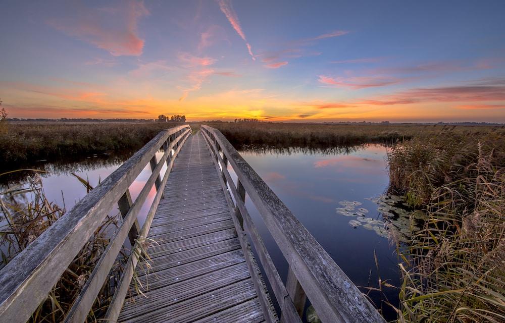 Strengthening bridges with hope